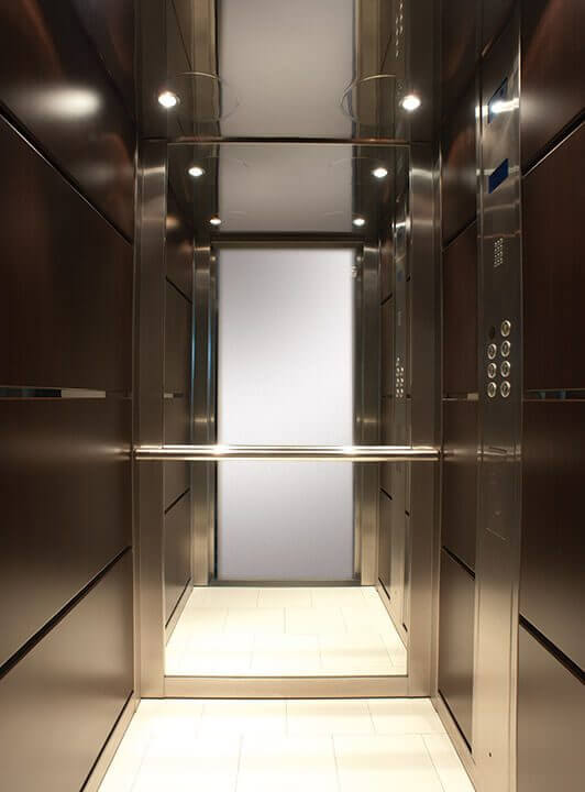 Θάλαμος Ανελκυστήρα - Shadow