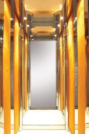 Θάλαμος Ανελκυστήρα - Velvet